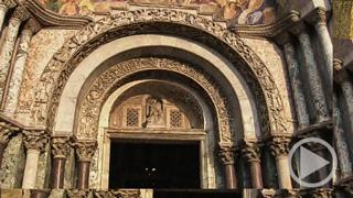 Die Fassade des Markusdoms